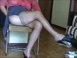 I piedi di una donna matura