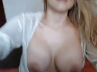 Great rack on this pussy playing Babe