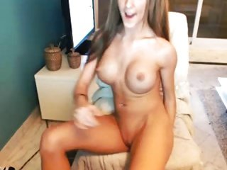 Sexy Redhead Plays On Cam