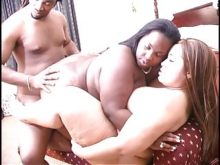 2 BBWs Fuck Lucky Black Guy