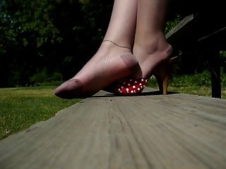 Pretty Toes & Hose 2 with Polk a dot Heels