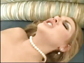 Blonde Beauty Does Some Face Sitting And Butt Fucking