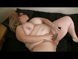 Big Fat BBW with big Tits playing with her Wet Shaven Pussy