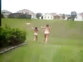 TwoAmateurs  girls streaking