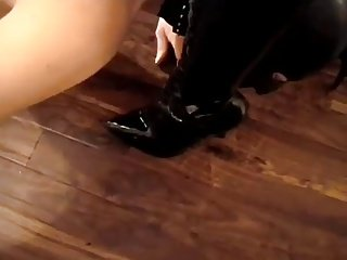 Gimp worships Mistress's boots