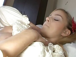 Cute blonde fuck on bed