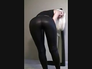 Minxie tease in leggings part 2
