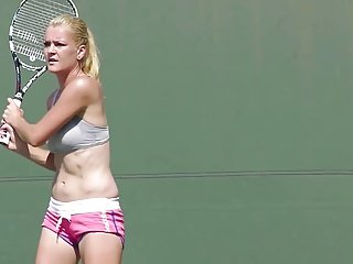 Agnieszka Radwanska hot as hell at practice