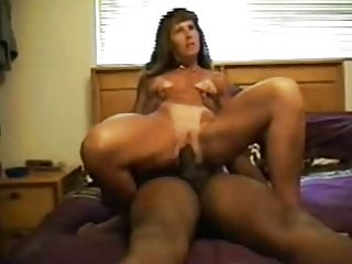 Hot Mature Wife Fuck By Big black dick