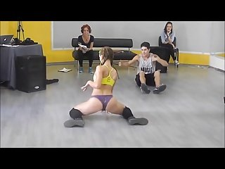 Russian Girl Dance like a Queen