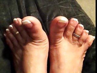 FF24 More toes....Riz Los