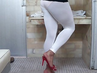leginns mayon blanco legs feet man in leggins