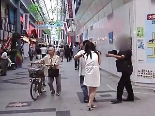 Hot Asian naked and fucki ng in public
