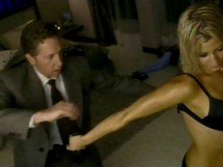 snimayut-bab-na-ulitse-porno