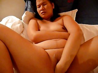 Asian Hot lady self fisting