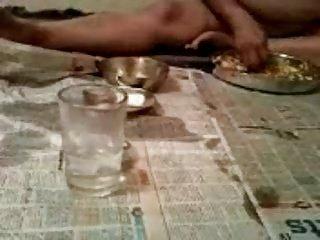 desi indian naked gashti eating