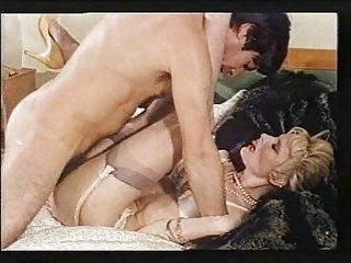 porno-stsena-s-zhenami