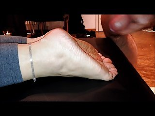 Cumming a big load of cum on my wifes soles with slow-mo