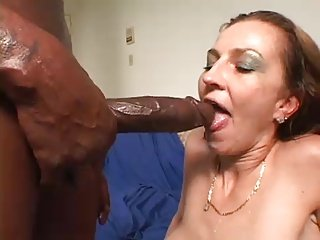 Hot lady squirts on Big black dick