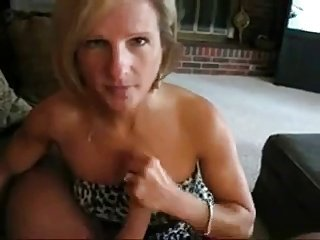Blonde cougar sucking younger dick