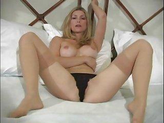 H.V. Hot Blond JOI