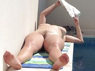 pool pussy peeping