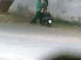 Lyari Karachi Pakistan Side Road Sex Caught From Mobile
