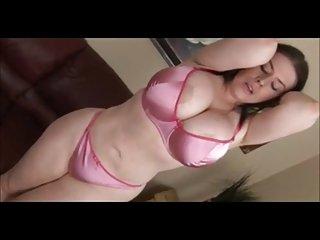 BBW  Daphne Rosen farting