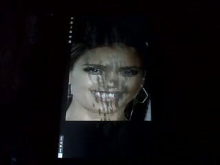Tribute MONSTER facial Jessica Alba