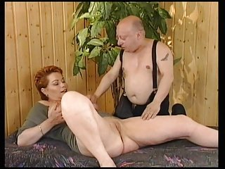 Redhead-Shorthair Hot lady fuck by General von Midget