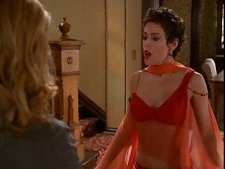 Alyssa Milano - Charmed season 6 collection