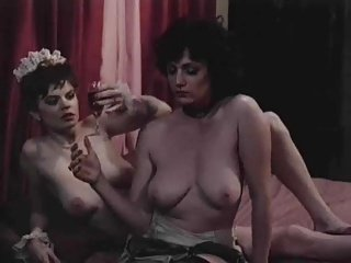 Retro Lesbians Enjoy Rubbing Their Pussies