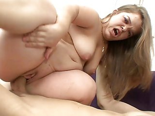 Midget girl gets sex
