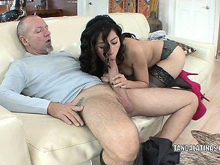 Petite coed Nicole Ferrera bangs an older guy