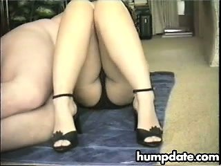 Hairy pussy gets fuck and creampied