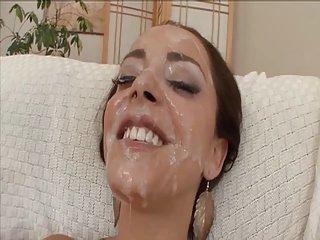 Hottie with tongue ring bukkake