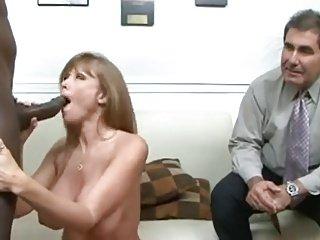 Interracial Cuck Job