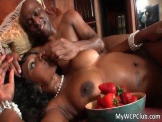 Nasty ebony hoe Nyomi Banxxx