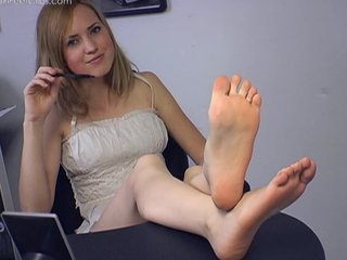Silvercherry - [clips4sale.com] Madison's Office Feet.wmv
