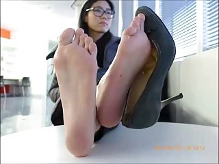 Watch my soles as I chat on the phone! Angela's size 8.0
