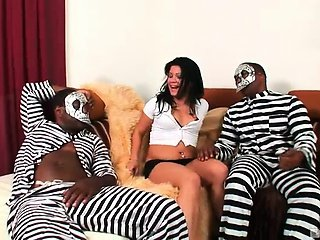 Ain't no pussy behind bars and no four walls are gonna keep these dickmasters from white twat! The masked monsters of dick did some major breaking and entering on pretty Frankie Bee's ass and fuck her on both ends till their knobs met! Witness the anal