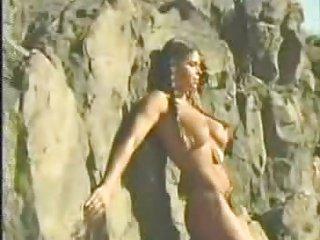 Busty Heather fuck in the desert - sibel18 com