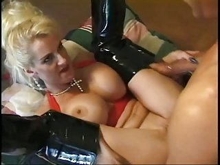 Flexy busty Sally loves to filling both holes
