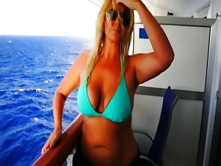 Babe Handjob #1 (Boats 'N Hoes)