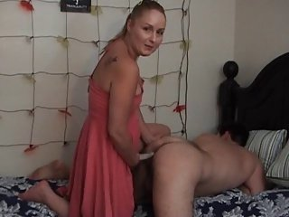 Amateur Wife assfucks her husband
