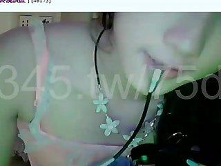 台灣視訊妹妹 超清純好可愛 讓人想疼她