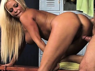 Big Hot lady tits bounce while she fucks