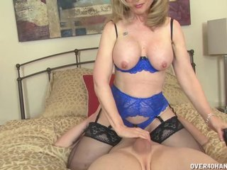 Experienced Hot lady Jerks A Young Dick