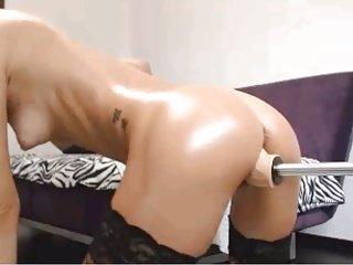 Hot Blonde Using Sex Machine 2