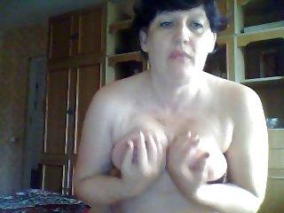 Randy Mature Wife in Webcam